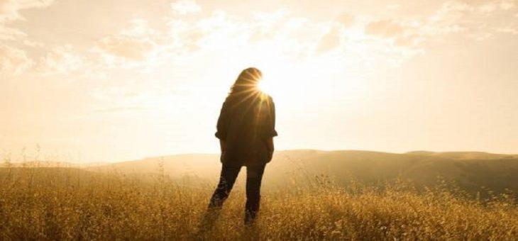 آیا اشعه UV و حمام آفتاب بر پروتز پستان اثر مخربی دارد؟